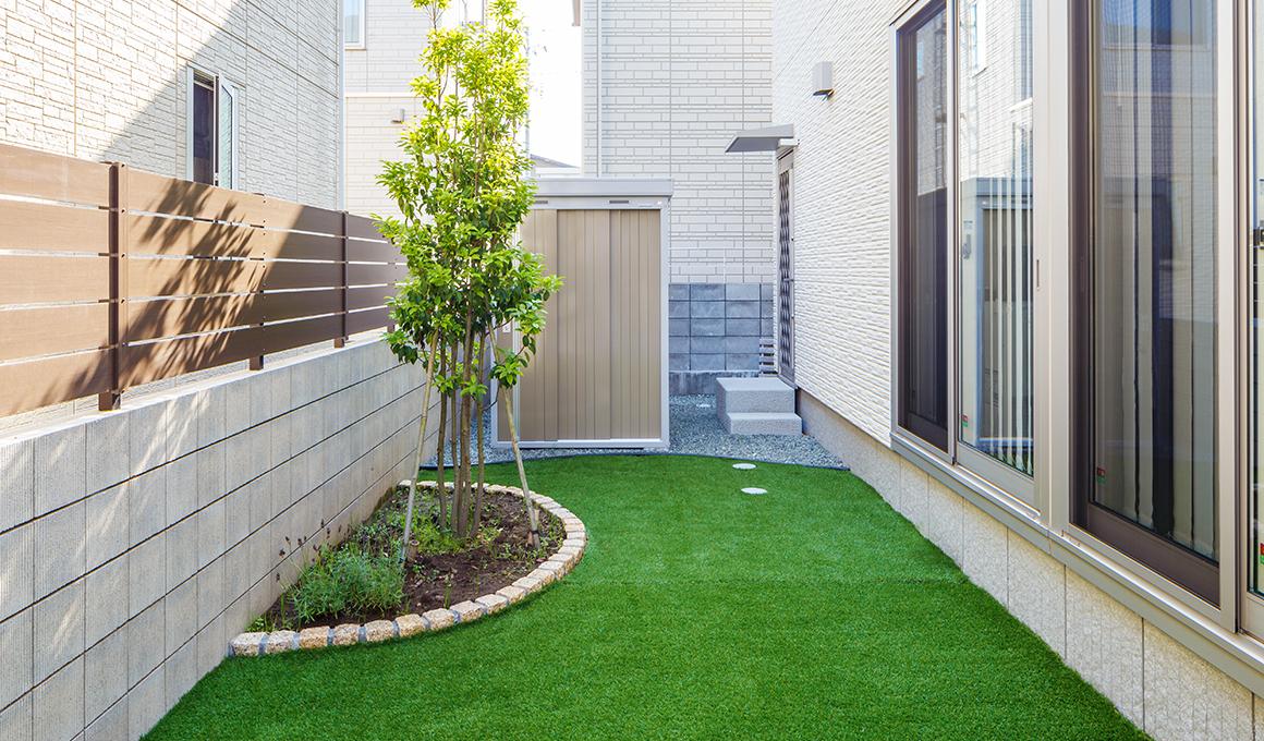 人工芝を使ったお庭